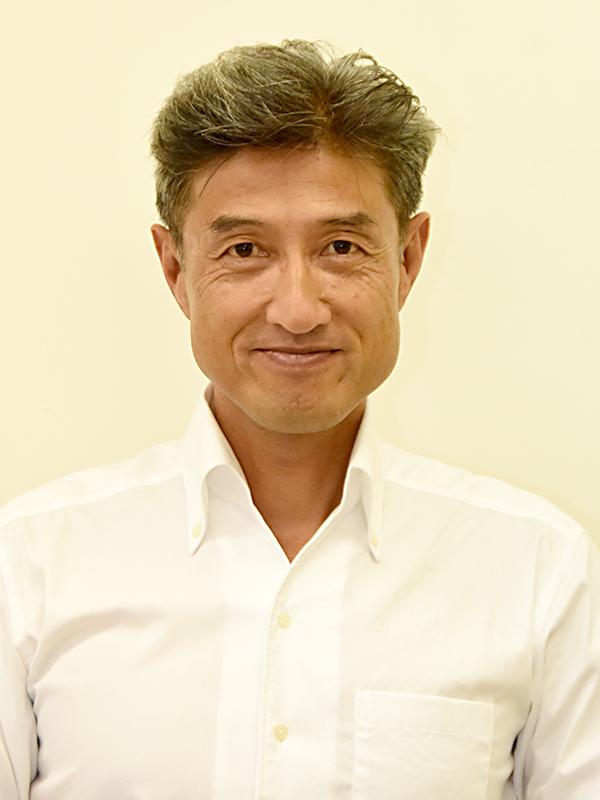 教授 阿部 肇