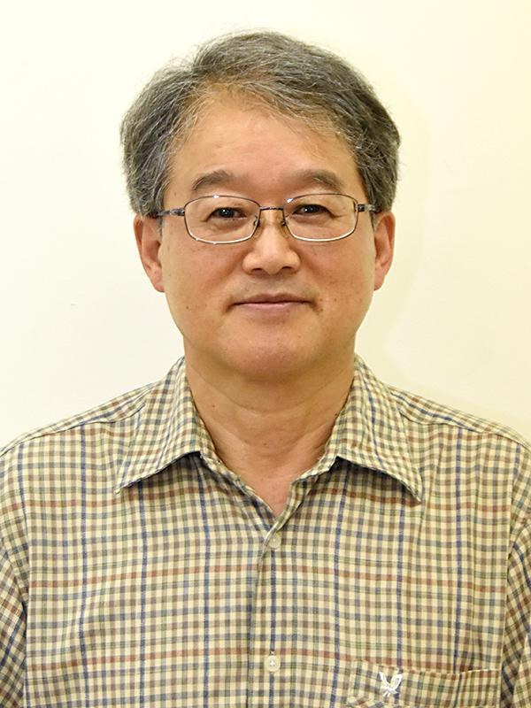 教授 平田 忠