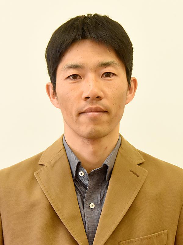 准教授 岩田 純