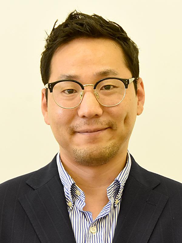 准教授 金 賢植