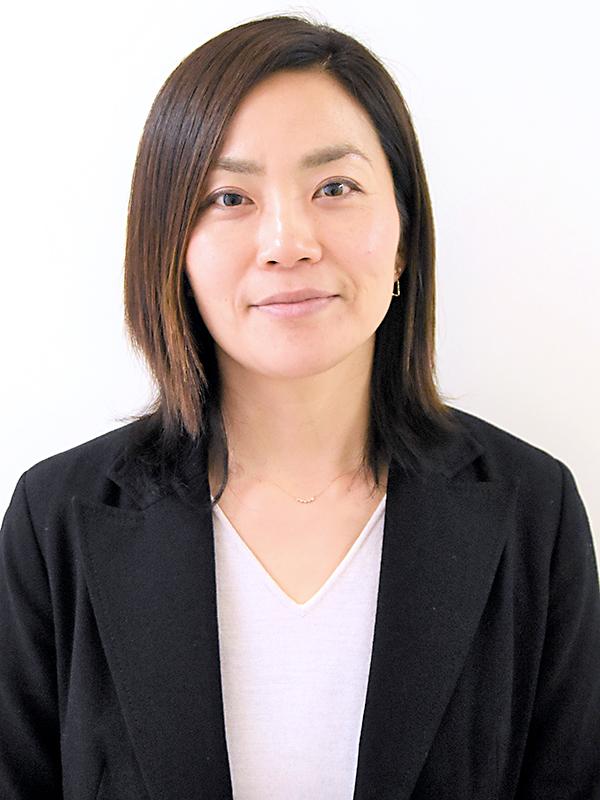 准教授,マネジメント 弓田 恵里香