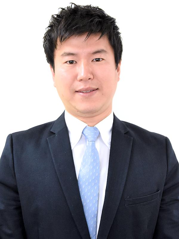 准教授,マネジメント 岡田 成弘